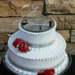custom wedding ribbon roll used on wedding cake