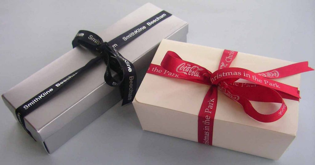 use custom and personalized ribbons to make your brand memorable